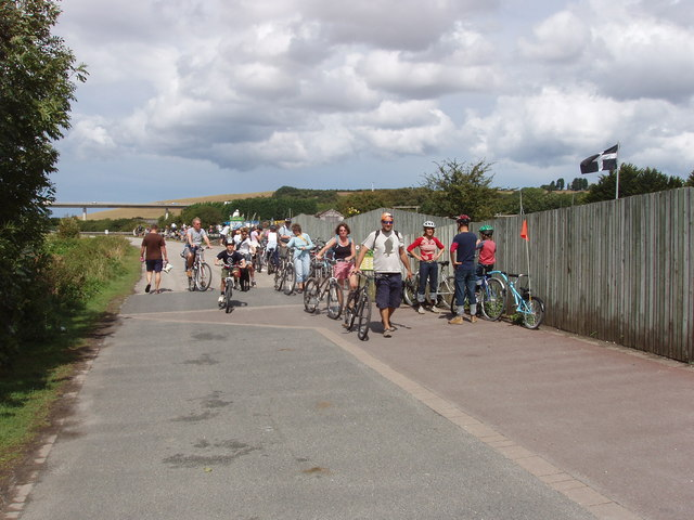 SW9872 : Camel Trail cyclists at Wadebridge