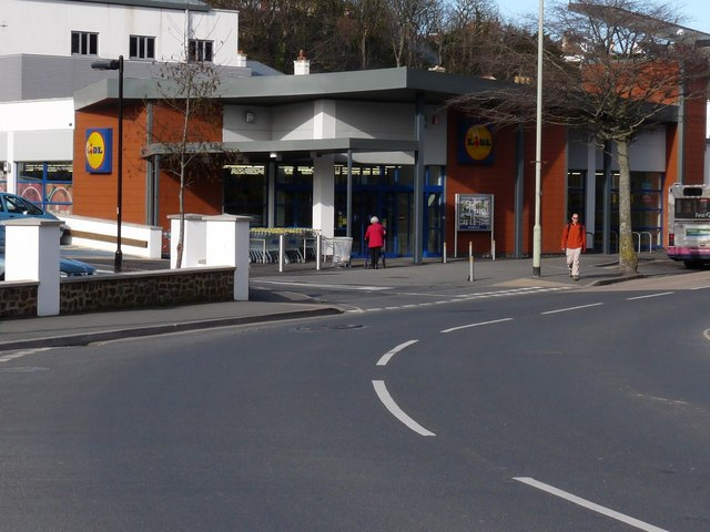 SS5147 : Lidl Supermarket, Wilder road, Ilfracombe