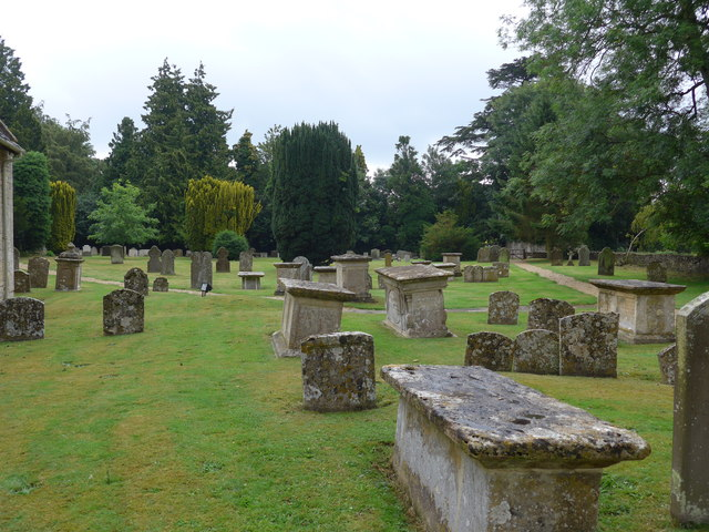SU0195 : All Saints, Somerford Keynes: churchyard (d)