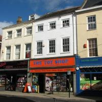 TG5207 : 21 King Street - The Toy Shop