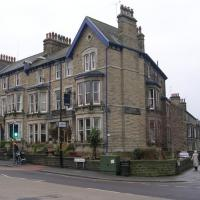 SE3055 : Harrogate Conservative Club - East Parade