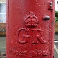 TA0388 : Cypher, George V postbox on Murchison Street, Scarborough