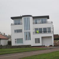 NU2329 : Art Deco House at Beadnell