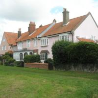 TM5076 : House on Southwold Common
